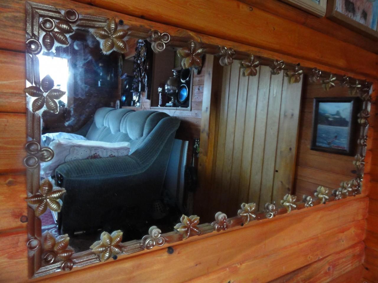Украшение зеркала