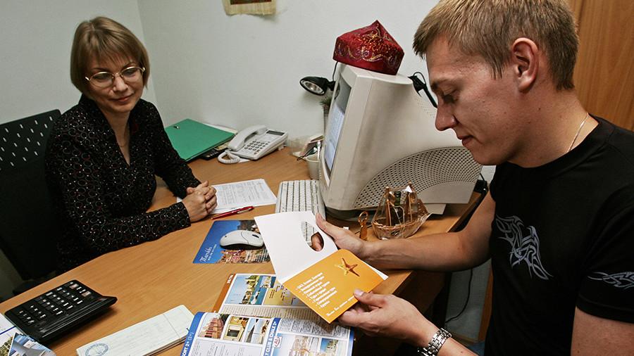 А в Крыму всё хорошо: Российские туристы отменяют путевки в Турцию из-за вируса Коксаки