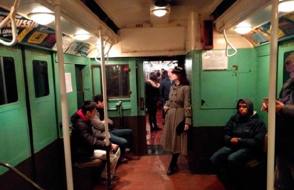 В метро Нью-Йорка запустили …