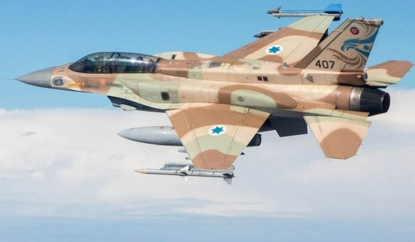 Израильские ВВС обстреляли позиции сирийской армии наГоланских высотах