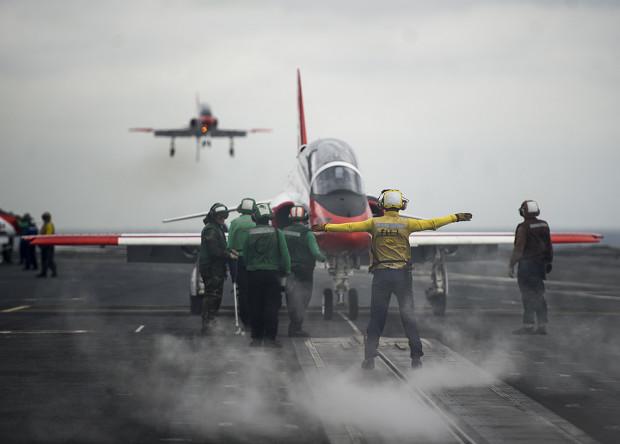 Американцы проследят за состоянием летчиков морской авиации