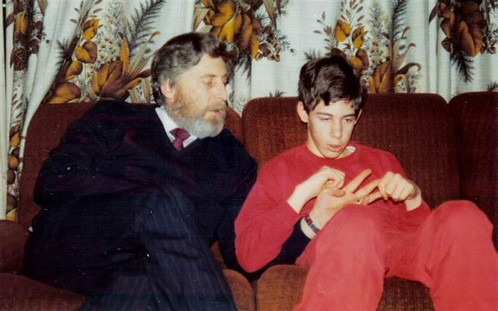Картинки по запросу 12 долгих лет Мартин Писториус был заключен в собственном теле