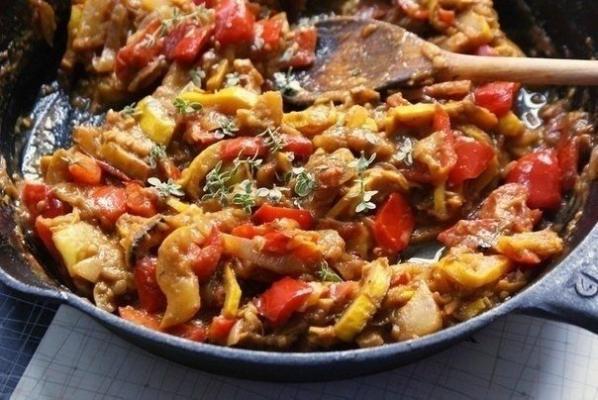 Печеное рагу овощное с кабачками, рецепт очень необычный
