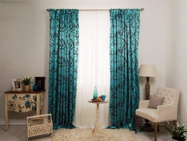 Стильно, красочно, современно: шторы с рисунком в интерьере разных комнат
