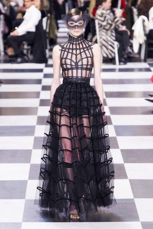 Dior Haute Couture весна-лето 2018 — изысканно, женственно и необычно