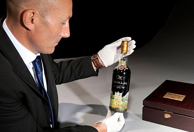 Самую дорогую бутылку виски продали за 1,5 миллиона долларов