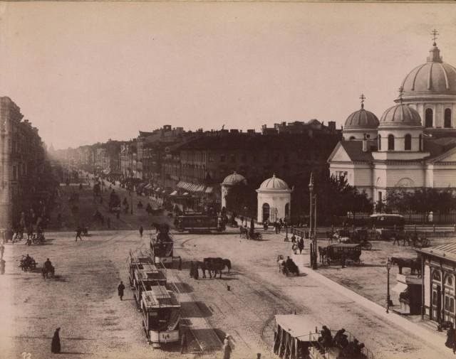 Фотографии достопримечательностей Санкт-Петербурга в альбоме 1880-х годов