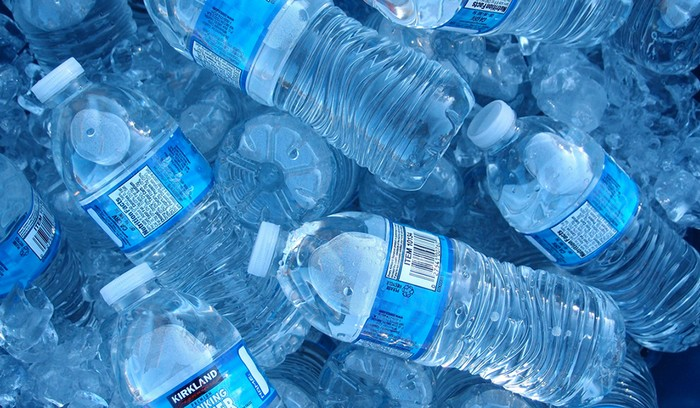 Угрожающая причина, почему никогда нельзя повторно использовать пластиковые бутылки от воды домашний очаг,поделки,полезные советы,своими руками,умелые руки