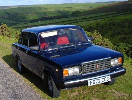 Британец, восхищённый философией советской инженерной мысли, коллекционирует автомобили, сделанные в СССР