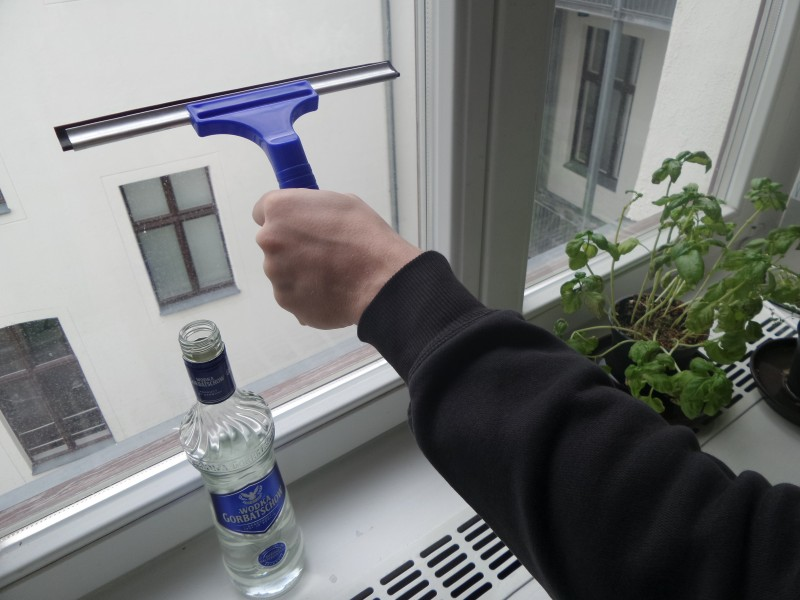 Нетрадиционное применение водки.