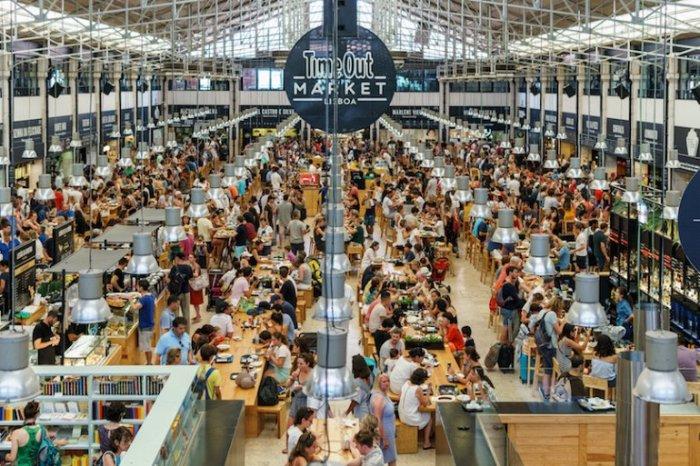 В 2014 году старейший продовольственный рынок города был открыт после обширной реконструкции.