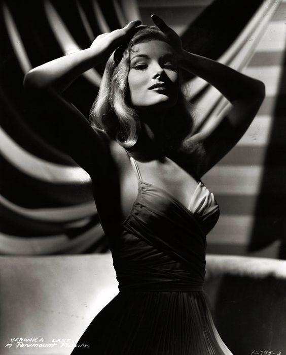 Вероника Лейк. 1941 год.