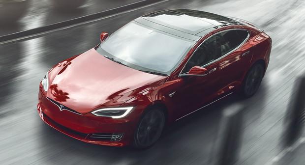 Серийный автомобиль с разгоном до 100 км/ч быстрее двух секунд стал реальностью автомобили,водители,новости