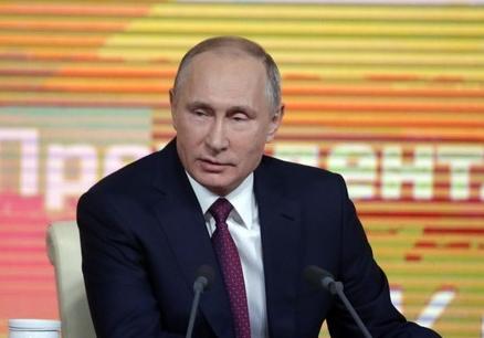 """Путин: льготники будут освобождены от налога с """"шести соток"""""""