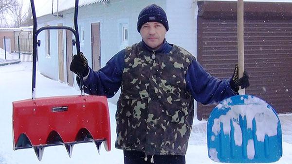Прочная и удобная лопата для снега своими руками сделай сам