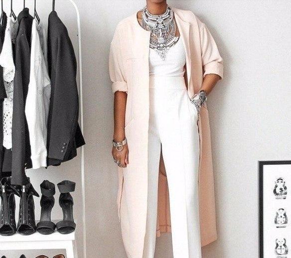 """Базовый гардероб для женщины """"за 50"""" — подборка элегантных образов"""