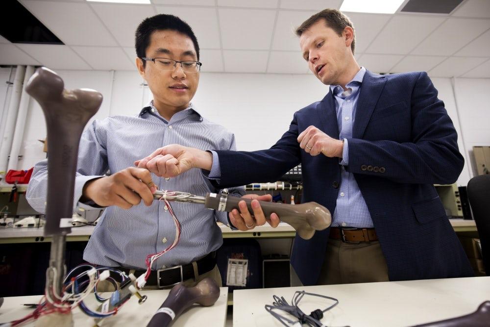 Ученые разработали умный съемный протез