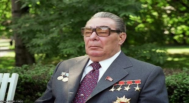 КПСС: министры-миллионеры и взятки Брежневу
