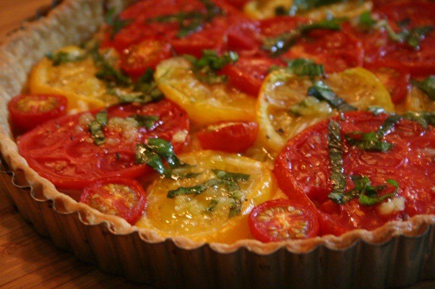 Летний пирог с овощами на ск…