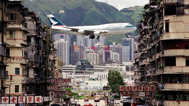 История Кайтака— самого опасного аэропорта в мире