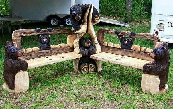Скамейка с медвежатами
