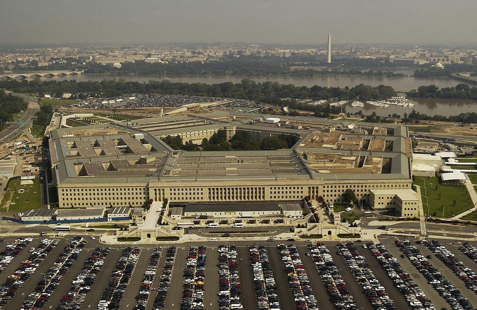 Пентагон отрицает пособие по войне с Россией, выпущенное в США