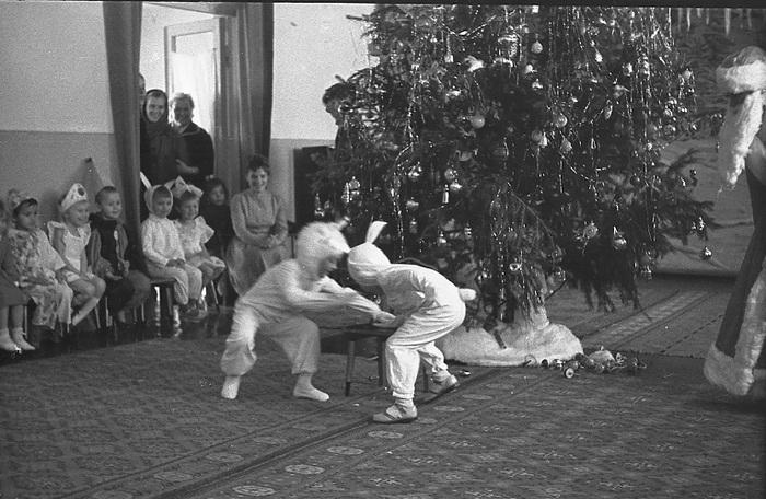 Новый год в СССР (подборка фотографий) СССР, Новый Год, Фотография, Дети, Дед Мороз, Подборка, Ностальгия, Зима, Длиннопост