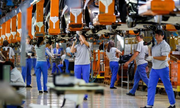 АВТОВАЗ опроверг информацию о сокращениях и рассказал о найме новых сотрудников