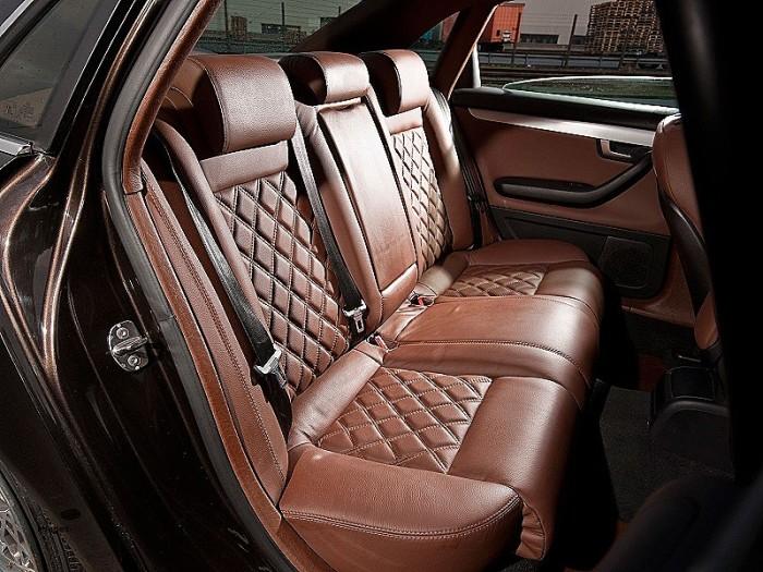 коричневый салон автомобиля фото дни