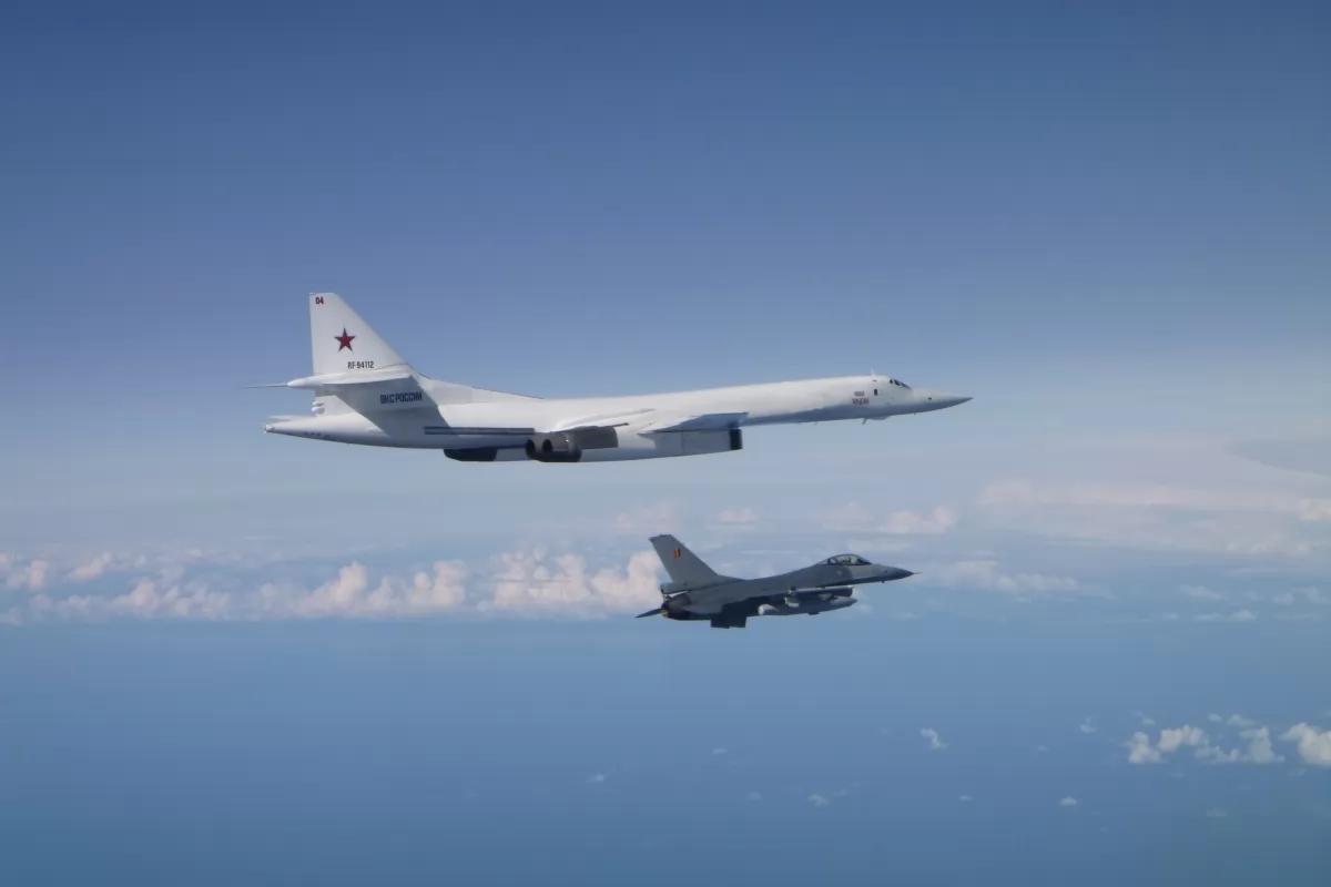Российские военные самолеты над Курилами. Источник изображения: https://vk.com/denis_siniy