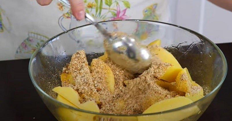 Как приготовить картофель в сухарях в домашних условиях готовим быстро,закуски,картофель