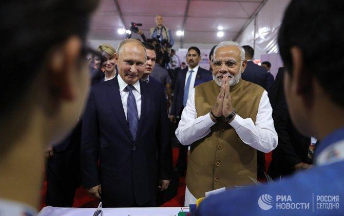 Дмитрий Косырев: С помощью русских ракет Индия показала, где кончается Америка