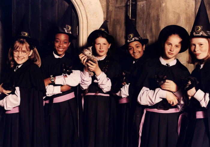 Школа ведьм, Роузвилль - Салем.