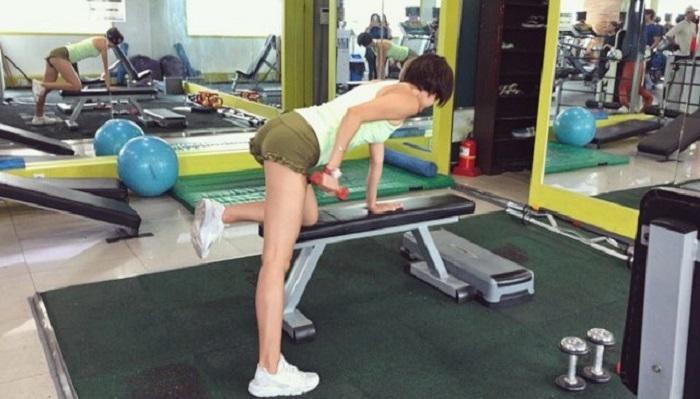 Жир долой! Финес-тренеры рассказали об упражнениях против жира на руках