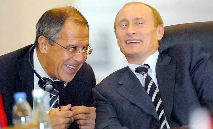 Россия занята вмешательством…
