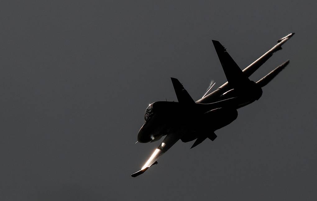 Разбившийся под Тверью Су-30 мог быть случайно сбит другим самолетом на учениях