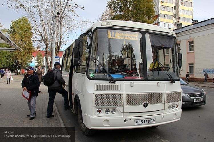 В городском автобусе Великого Новгорода прогремел взрыв