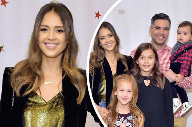 Джессика Альба с мужем и детьми посетила благотворительную предновогоднюю вечеринку