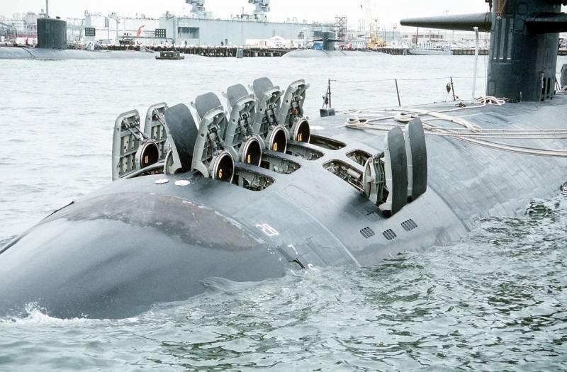 Полноценные ЗРК на подводной лодке оружие