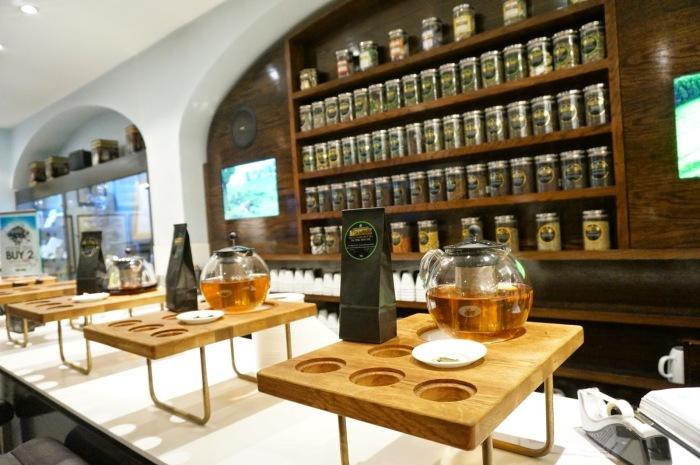 Чайный магазин Twinings. / Фото: www.blogspot.com