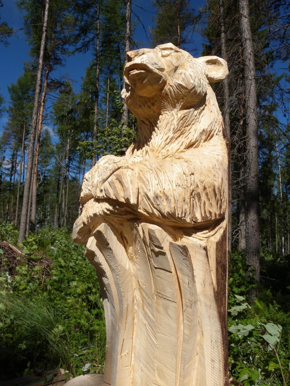 Скульптуры из дерева бензопилой фото