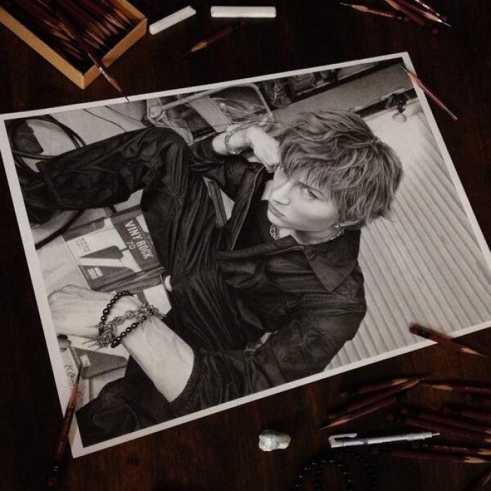Удивительные рисунки карандашом от японского художника