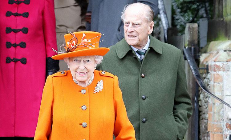 Такого не бывало 70 лет: королева Елизавета II и принц Филипп озвучили свои планы на Рождество Монархи,Британские монархи