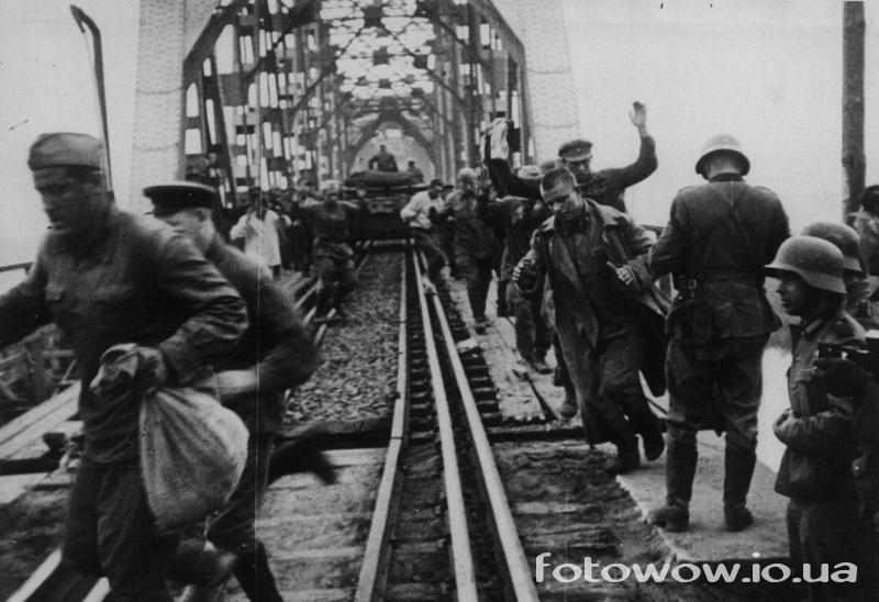 Кого немцы не брали в плен на Великой Отечественной