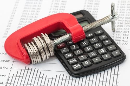 Средний платеж по налогу на имущество вырос вдвое