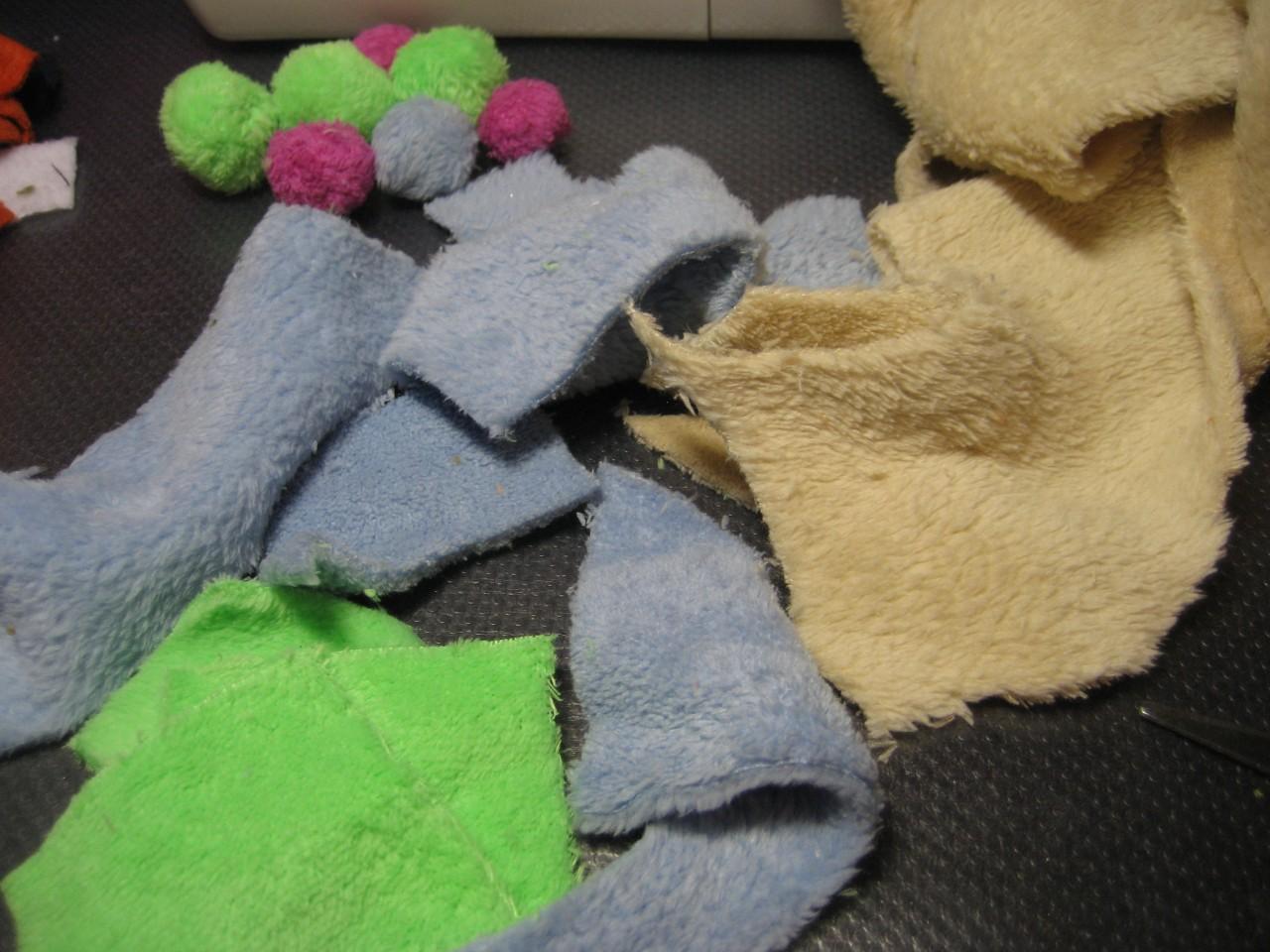 И снова про утилизацию или что можно сделать из остатков ткани