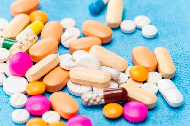Стоит ли покупать лекарства через интернет?
