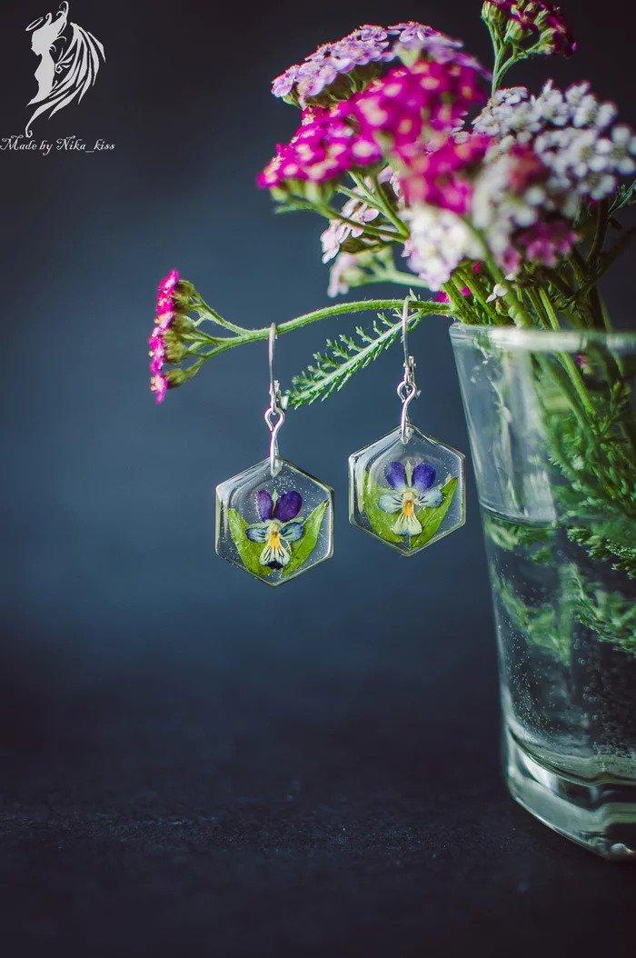 Цветы в эпоксидной смоле вдохновляемся,украшения