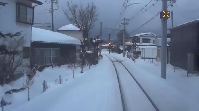 Вид из кабины машиниста: завораживающие видео, в которых ничего не происходит