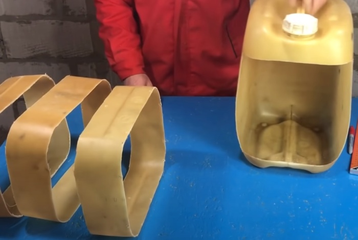 3 поделки из пластиковых канистр, которые однозначно пригодятся в хозяйстве для дома и дачи,поделки из пластиковых бутылок